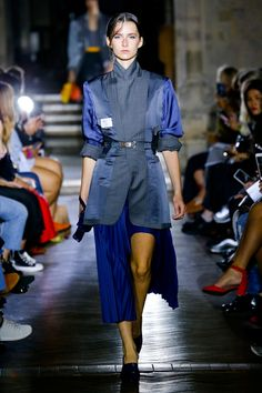 Toga Spring 2018 Ready-to-Wear Collection Photos - Vogue