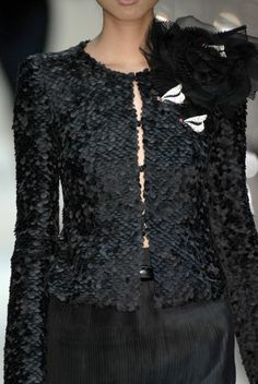 Armani Privé at Couture Fall 2006 - Livingly