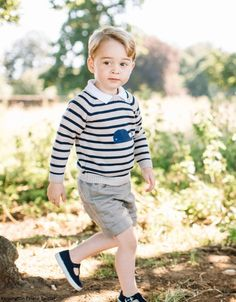 Duchess Kate - Our favourite little prince celebrates his third birthday today and to mark the special occasion Kensington Palace released four new photos.