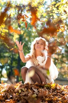 Wish I looked this angelic when I threw leaves at Curtis the other day. I doubt it. Gorgeous picture. Love the colors.