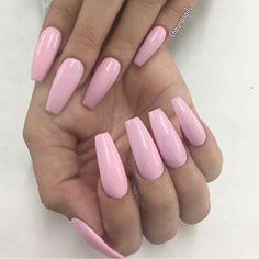 Beautiful & Pretty Pink acrylic nails