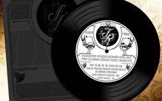 Para casais amantes da música: convite em formato de LP. De Balum Estúdio. Foto: Divulgação