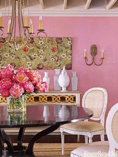 Pink dining room. Design: Suzanne Kasler. housebeautiful.com. #pink #dining_room #accent_wall #color