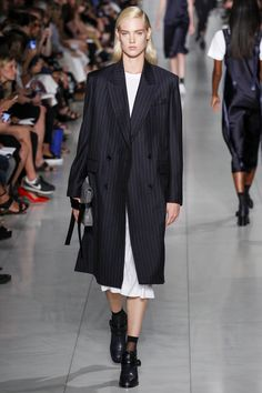 http://www.vogue.com/fashion-shows/spring-2016-ready-to-wear/dkny/slideshow/collection