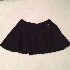 Black Nike athletic skirt Actual skirt, no shorts attached. Worn a few times, in excellent condition. No signs of wear or tear except for the tag (pictured). Size small. Nike Skirts