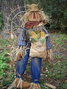 The Olde Country Cupboard: New Scarecrow Pattern Ready Scarecrows For Garden, Primitive Scarecrows, Fall Scarecrows, Primitive Fall, Primitive Crafts, Primitive Christmas, Wood Crafts, Make A Scarecrow, Scarecrow Face