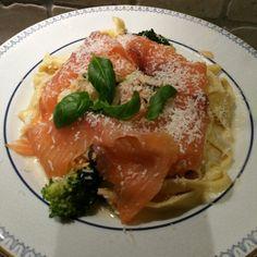 Røykelaks med hjemmelaget pasta
