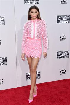 Zendaya arrives at the American Music Awards at the Microsoft Theater in Los Angeles on Nov. 22, 2015.