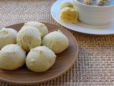 Bread Balls (Dairy Free): ½ cup melted coconut oil ⅔ cup coconut milk 1 tsp salt cups tapioca starch or flour 2 large eggs, lightly beaten ¼ cup nutritional yeast Good Gluten Free Bread Recipe, Dairy Free Bread, Gluten Free Meal Plan, Gluten Free Biscuits, Gluten Free Baking, Gf Recipes, Dairy Free Recipes, Delicious Recipes, Breakfast Bread Recipes