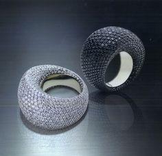 Vhernier Pirouette white gold diamond ring