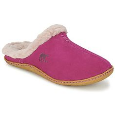 We love the Nakiska Slide model that @sorelfootwear  has created for us, with a pink leather upper and fabric lining #shoes #slippers #sheepskin #winter #fashion #womens #cozy #comfy #uk