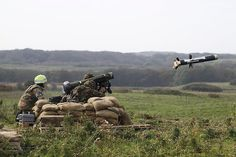 RAF Regiment Soldiers Firing Javelin Anti Tank Guided Missile | Flickr - Photo Sharing!