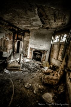 Seating - Potter Manor House by Kelvin T Photography, via Flickr