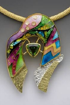 Pendant | Anna Tai.  Cloisonné pendant, 18 and 22k gold, reticulation silver, chrome diopside.