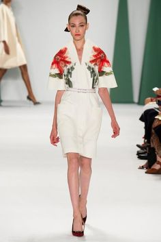 Carolina Herrera, Look #17