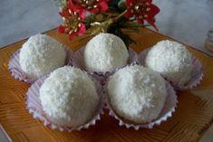 dorty,cukroví a jine sladkosti | Cukroví Muffin, Sugar, Breakfast, Food, Morning Coffee, Essen, Muffins, Meals, Cupcakes