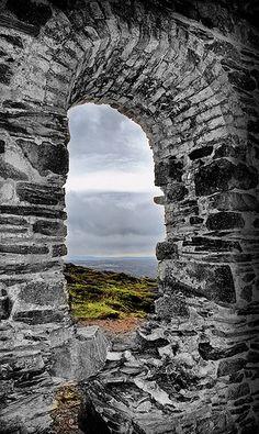 Wheal Coates tin mine by NapaneeGal, via Flickr