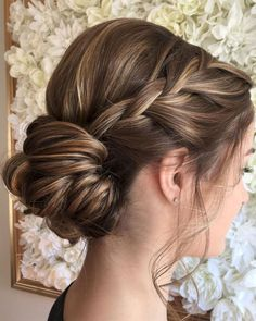 Breathtaking 73 Pretty Updo Hairstyle Ideas to Try 2017 from https://fashionetter.com/2017/09/08/73-pretty-updo-hairstyle-ideas-try-2017/