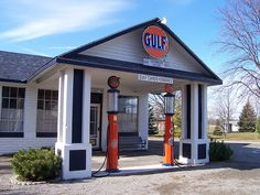 Vintage Gulf Gas Station by The Upstairs Room, via Flickr