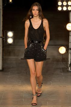 See the complete Isabel Marant Spring 2018 Ready-to-Wear  collection.