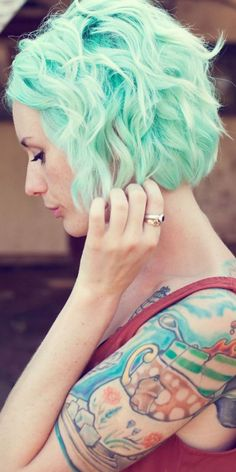 green hair, short, mint hair