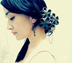 Industrious Gal  Kanzashi Hair Flowers by TheaStarr on Etsy, 35.00