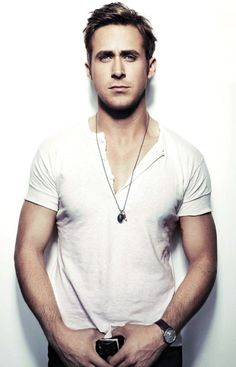 The name is Gosling. Ryan Gosling.