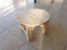 Χειροποίητο ξύλινο καρεκλάκι τραπεζάκι  https://m.facebook.com/StamatoulaAmmar/
