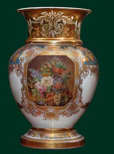 Un beau Vase en opaline peint et doré d'epoque Charles X ~19th Century