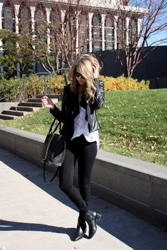 Moto jacket, light colored woven, Black skinnies