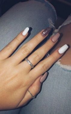 - Rosé gold gel nails long pink white rose gold sparkle – Nail Art Ideas – … – # for - Gold Sparkle Nails, Gold Gel Nails, Summer Acrylic Nails, Best Acrylic Nails, Acrylic Nail Designs, Summer Nails, Coffin Nails, Nails Rose, Pink Manicure