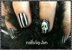 Halloween scream nail art