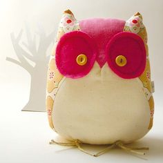 This Cute Pink Little Owl, makes me think of one of my best friends Michelle!