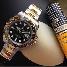 Good Morning. Great shot of this Rolex Submariner Two Tone. . . #rolex #rolexwatch #rolexpassion #rolexsubmariner #rolexero #cohiba #cigaraficionado #mensfashion #watchgeek #watchporn #watchfam #watchesofinstagram #dailywatch credit @vertigo1983