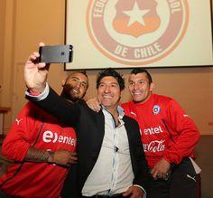 Medel con Chile y Zamorano