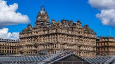 The Ultimate Self-Guided Harry Potter Tour in Edinburgh locations) Harry Potter Scotland, Edinburgh Harry Potter, Harry Potter Tour, Harry Potter Books, Visit Edinburgh, Edinburgh City, Street Names, Walking Tour, Tours