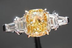 I want this setting for a cushion cut!   *just add more prongs*