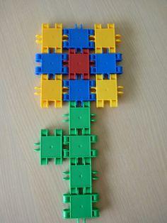 bloem maken met clics School Themes, Lego Duplo, Pattern Blocks, In Kindergarten, Kids Playing, Projects To Try, Spring, Hardanger, Crowns