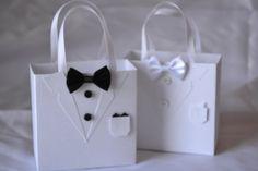 Tuxedo party favor bag great for wedding favors - Hochzeit Wedding Bag, Wedding Favor Boxes, Party Favor Bags, Wedding Cards, Wedding Gifts, Wedding Groom, Tuxedo Wedding, Party Wedding, Groomsmen Gift Bags