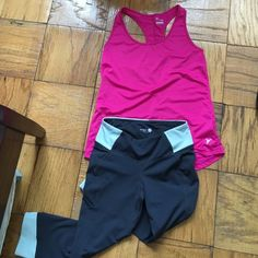 Pink Old Navy workout tank top size small Size small in pink with horizontal lines. The pants shown are also for sale. Bundle them and save. $15 for both. Please let me know before if you would like both. Old Navy Tops Tank Tops