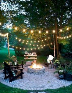 Impressive Backyard Fire Pit and Seating Area Ideas (19)