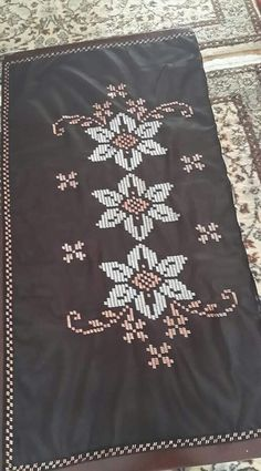 Cross Stitch Borders, Weaving Patterns, Bargello, Crochet, Needlework, Projects To Try, Towels, Cross Stitch, Hairstyle Man
