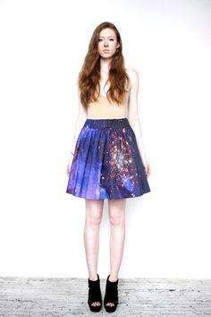 Starburst Galaxy Skirt, via Etsy.  Want!