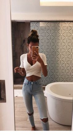 Cute Outfits Crop Tops it is Cute Everyday Outfits For High School Cute Comfy Outfits, Cute Summer Outfits, Stylish Outfits, Spring Outfits, Cool Outfits, Cute Everyday Outfits, Holiday Outfits, Cute Summer Clothes, Cheap Outfits