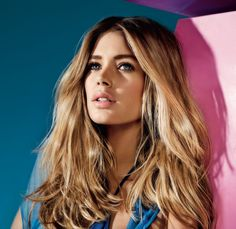 If you have blond hair, this article is for you! The color of blond hair has been a symbol of charm and femininity for years. The color of blond. Doutzen Kroes, Different Hairstyles, Hair A, Loreal Paris, Woman Face, Beauty Women, Hair Makeup, Hair Beauty, Long Hair Styles