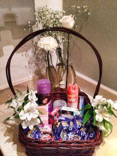 Riviera Maya Weddings bodas / Amenidades para el baño decorada/ items por the bathroom with flower deco
