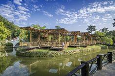 Pavilhão Bamboo Playhouse / Eleena Jamil Architect   ArchDaily Brasil
