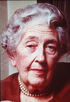Tras las huellas de Agatha Christie en Aswan | Literatúrate