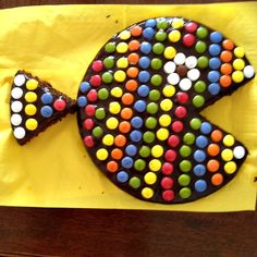 Resultado de imagen de tortas decoradas con lacasitos