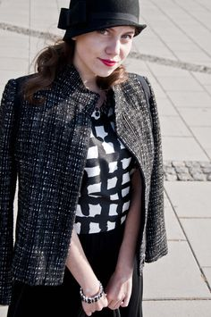 perfect fall outfit styled with the Liz Claiborne zip-front tweed jacket and grid-print top